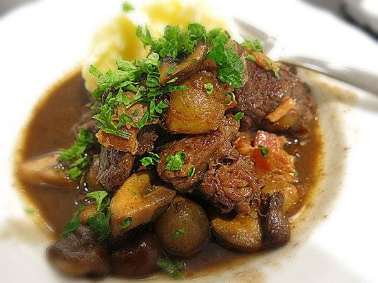 Boeuf bourguignon et purée de pommes de terre
