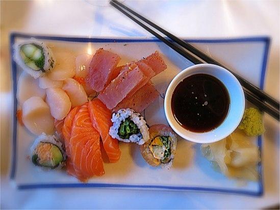 Årets bästa jullunch! Sashimi är bara så mkt godare än skinka.