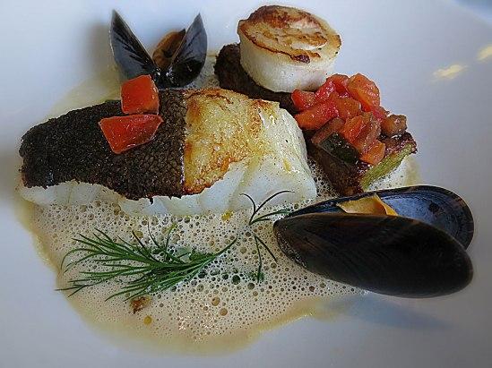 Halstrad torsk f(rån Barents hav)…, vitvinssås